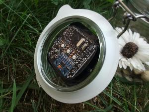 Elektronik eingeklebt
